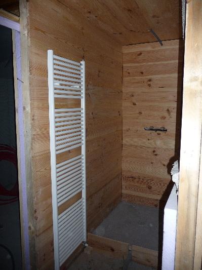 Hammam tadelakt meuble bois tadelakt vasques en tadelakt for Construire douche italienne